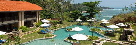 Villa and Cove Pool © Cape Weligama